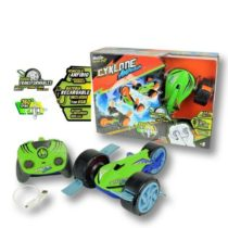 Maisto Tech Cyklone Amphibian Remote Control Car 1:16 – Color May Vary