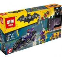 LEPIN Bat Hero Catwoman Catcycle Chase Building Blocks Set